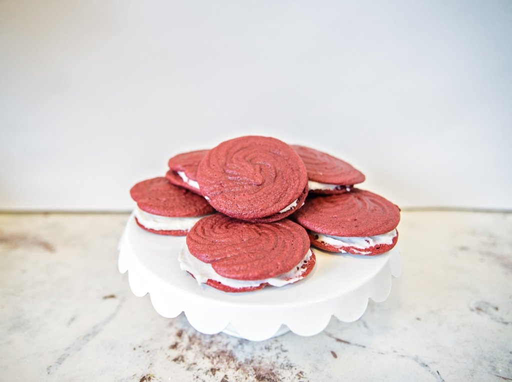 red-velvet-rose-cookies-11